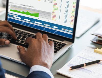 تحلیل فاندمنتال در برابر تحلیل تکنیکال : راهنمای مبتدیان برای روشهای تحلیل سرمایهگذاری
